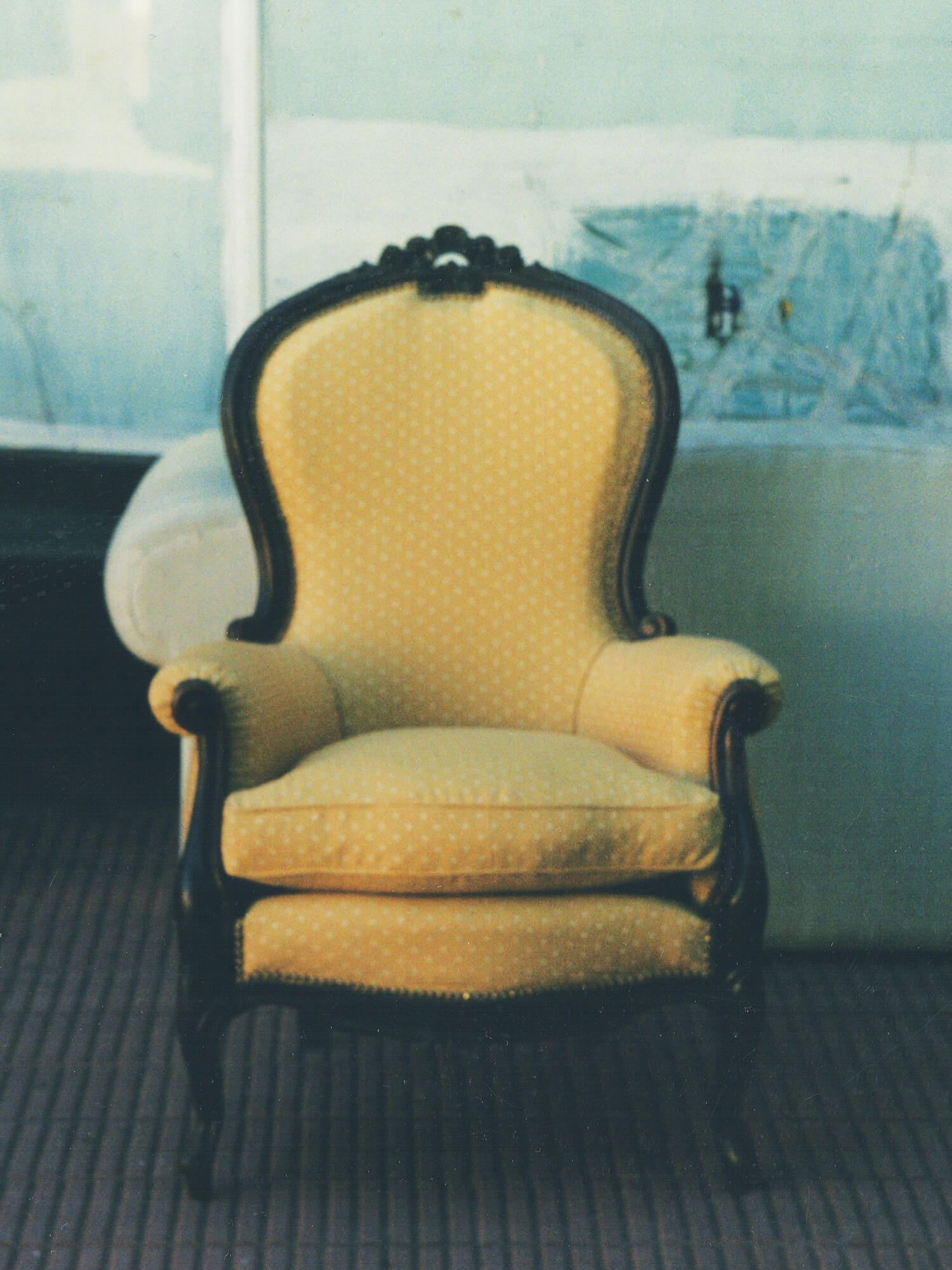 Перетяжка кресла в стиле Королева Анна
