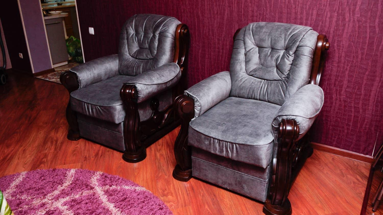 перетяжка комплекту крісел