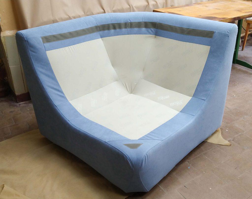 Перетяжка углового дивана модерн 2