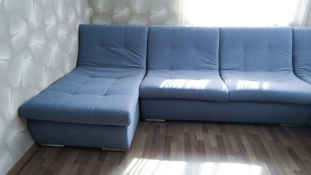 Перетяжка углового дивана модерн 4 в киеве
